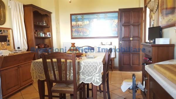 Casa indipendente in vendita a Campello sul Clitunno, Centrale, Con giardino, 150 mq - Foto 6
