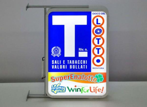 Locale Commerciale  in vendita a Udine, 100 mq