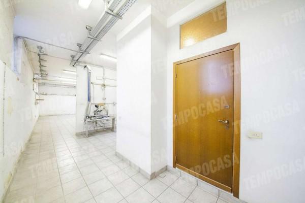 Locale Commerciale  in vendita a Milano, Affori Centro, 120 mq - Foto 7