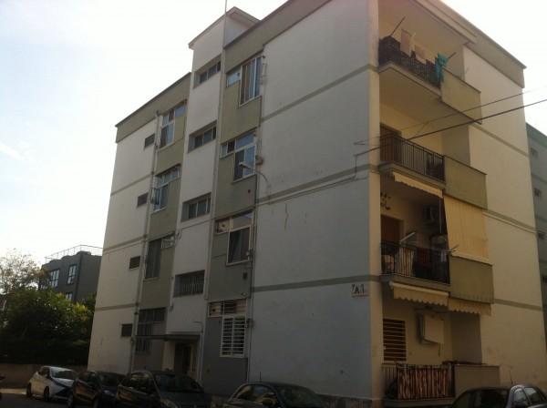 Appartamento in vendita a Bari, Poggiofranco, 88 mq
