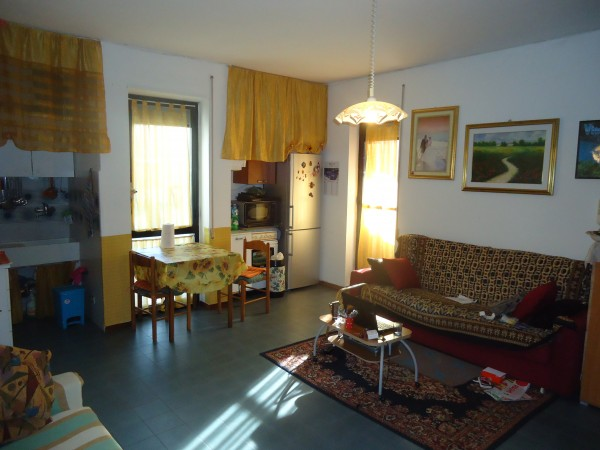 Appartamento in vendita a Alba Adriatica, Mare, 65 mq
