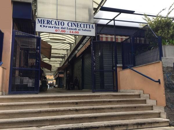 Locale Commerciale  in vendita a Roma, Tuscolana, Arredato, 30 mq - Foto 8