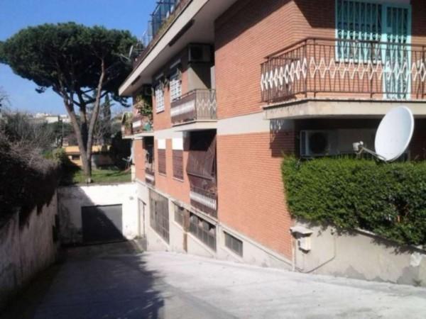 Garage in vendita a Roma, Alessandrino, 25 mq