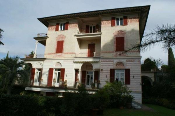 Appartamento in vendita a Chiavari, Centro, Con giardino, 440 mq