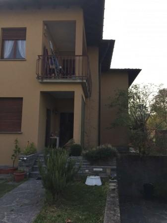 Villa in vendita a Varese, Avigno, Con giardino, 300 mq