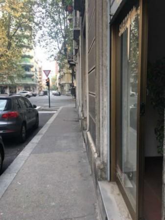 Negozio in vendita a Torino, 63 mq