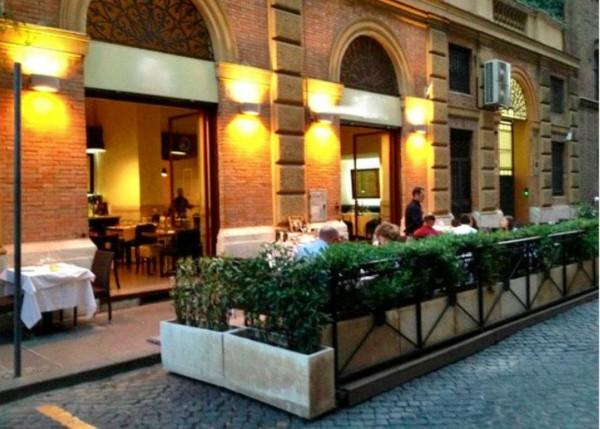 Negozio in vendita a Roma, 400 mq - Foto 2