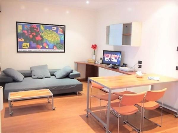 Appartamento in vendita a Torino, Arredato, con giardino, 55 mq
