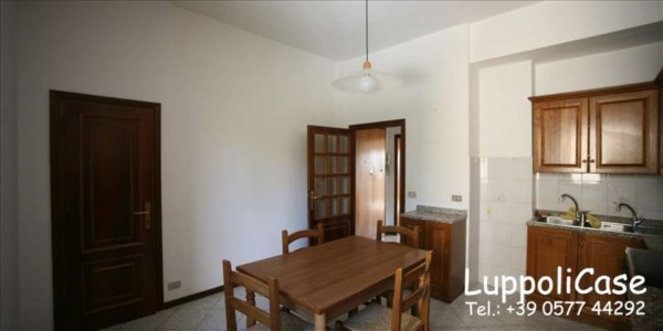 Appartamento in vendita a Siena, 88 mq
