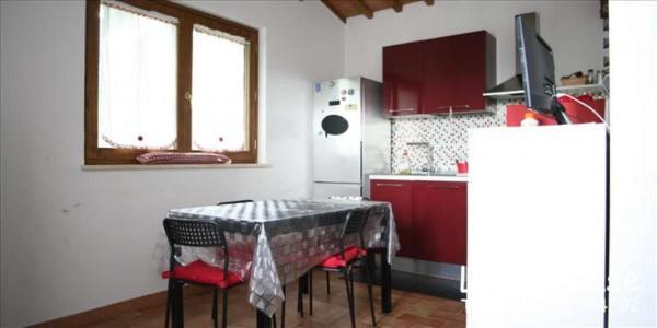 Appartamento in vendita a Siena, Arredato, con giardino, 65 mq
