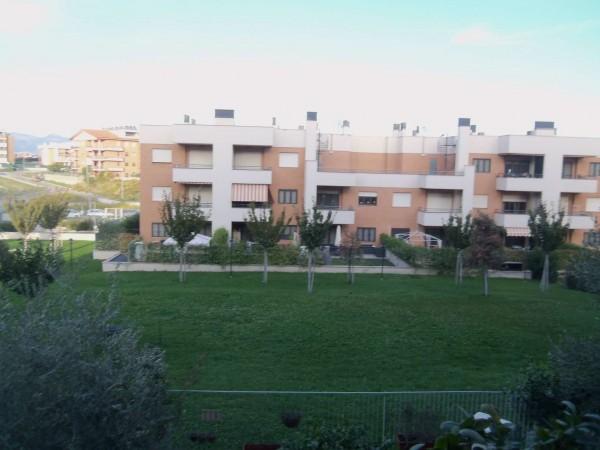 Appartamento in vendita a Roma, Colle Degli Abeti, Con giardino, 44 mq