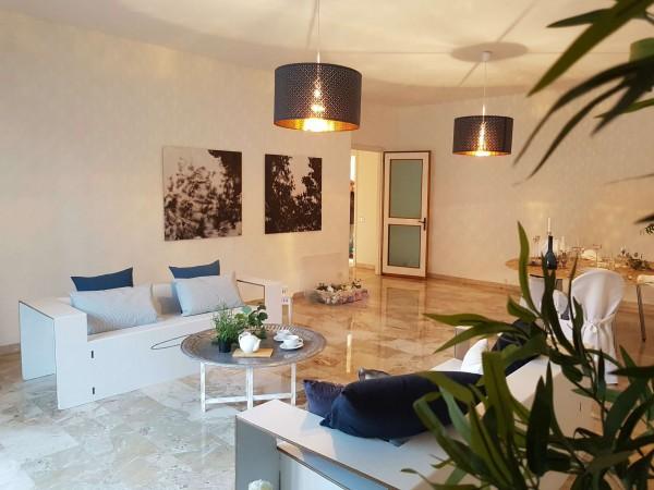 Appartamento in vendita a Varese, Centro, 155 mq