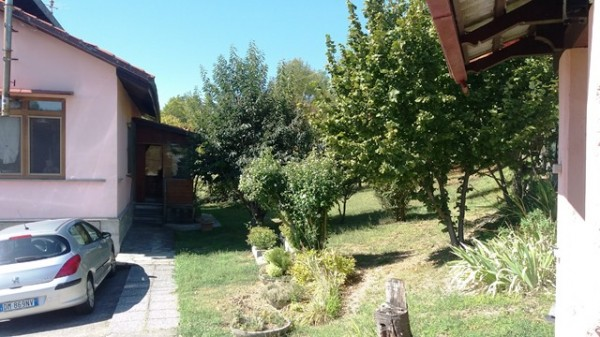 Casa indipendente in vendita a Cocconato, Foino Tabiella, Con giardino, 262 mq - Foto 7