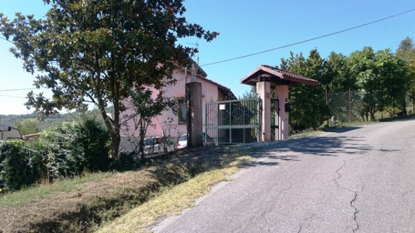 Casa indipendente in vendita a Cocconato, Foino Tabiella, Con giardino, 262 mq - Foto 4
