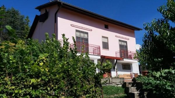 Casa indipendente in vendita a Cocconato, Foino Tabiella, Con giardino, 262 mq