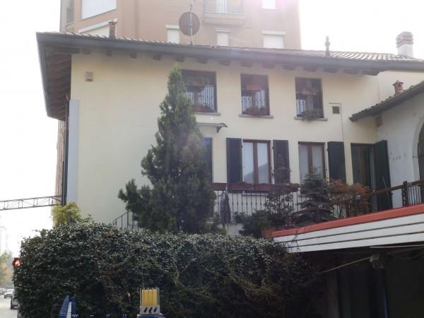 Appartamento in vendita a Seregno, Centro, Con giardino, 220 mq - Foto 1