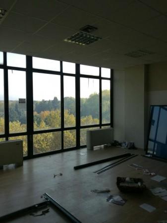 Ufficio in affitto a Torino, 302 mq
