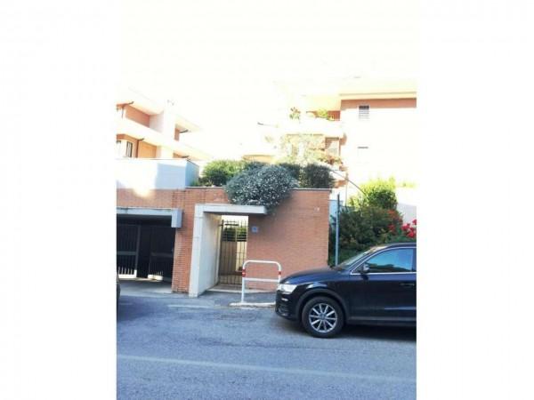 Appartamento in vendita a Roma, Tintoretto, Con giardino, 65 mq - Foto 2