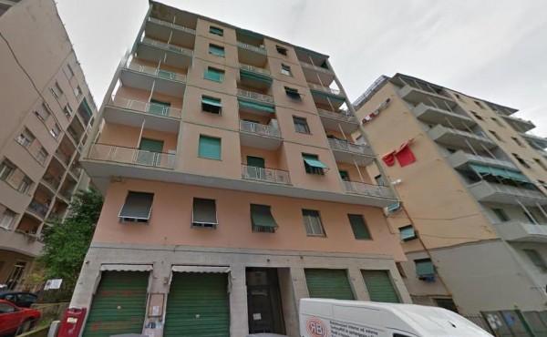 Appartamento in vendita a Genova, Sestri Ponente, 90 mq