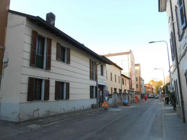 Casa indipendente in vendita a Milano, Con giardino, 72 mq - Foto 2