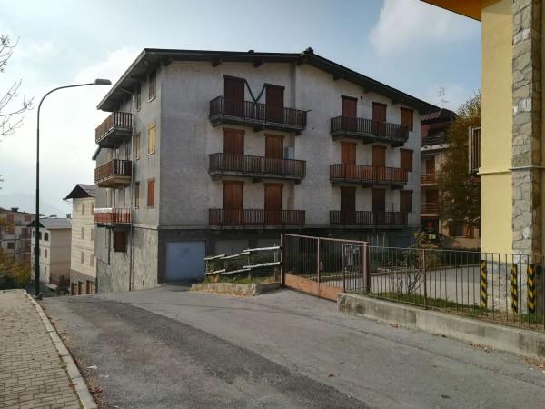 Appartamento in vendita a Roburent, Centro, Arredato, 55 mq