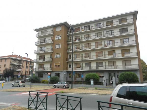 Appartamento in vendita a Venaria Reale, 90 mq