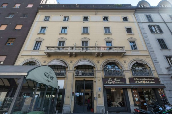 Appartamento in vendita a Milano, Con giardino, 100 mq