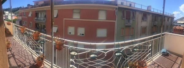 Appartamento in vendita a Sestri Levante, Centro, 110 mq