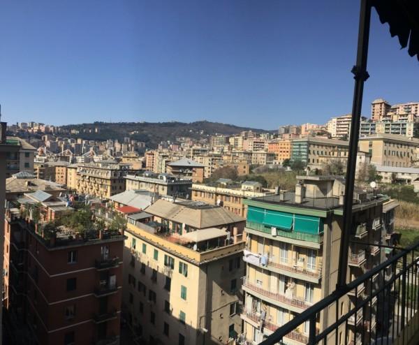 Appartamento in vendita a Genova, Marassi, 95 mq