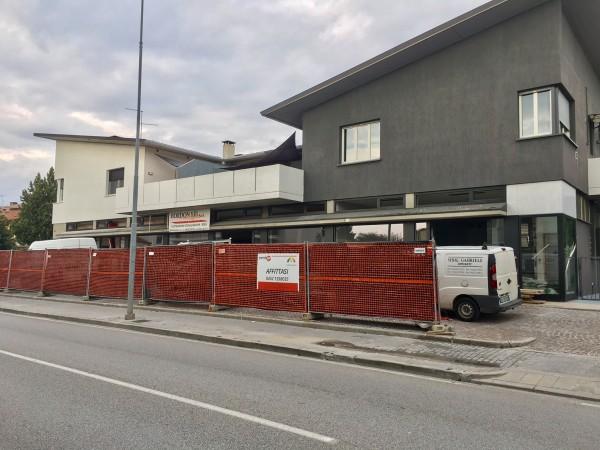 Negozio in affitto a Udine, Udine Sud, 117 mq - Foto 1