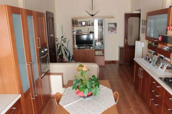Appartamento in vendita a Torino, Piazza Della Repubblica, 70 mq