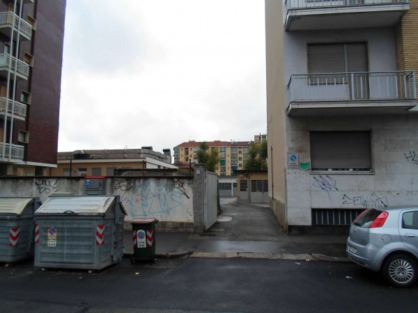 Locale Commerciale  in affitto a Torino, Corso Traiano, 100 mq - Foto 2