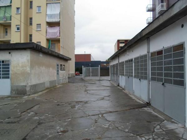 Locale Commerciale  in affitto a Torino, Corso Traiano, 100 mq - Foto 3