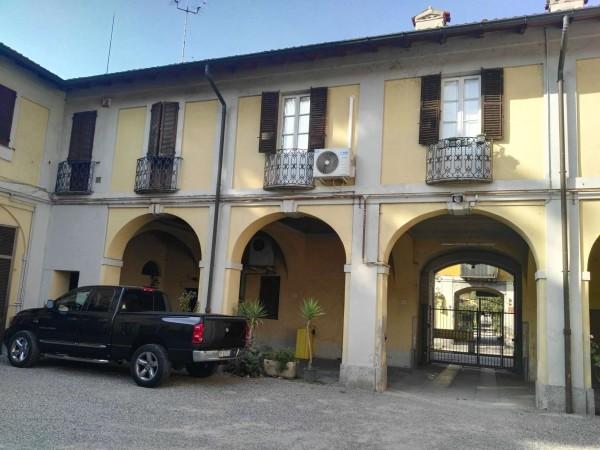 Appartamento in affitto a Cornaredo, Centrale, Con giardino, 120 mq