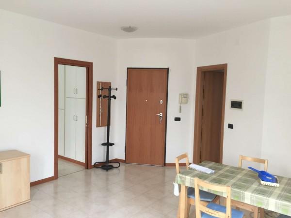 Ufficio in affitto a Nichelino, Con giardino, 50 mq