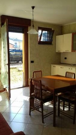 Appartamento in vendita a Cesate, Parco, Arredato, con giardino, 58 mq - Foto 10