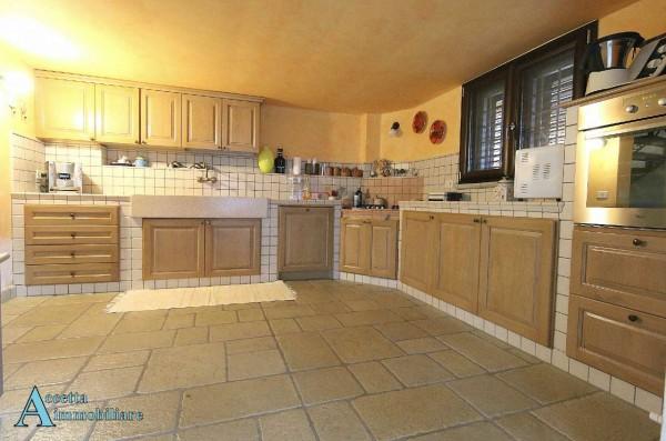 Villa in vendita a Taranto, Residenziale, Con giardino, 190 mq - Foto 9