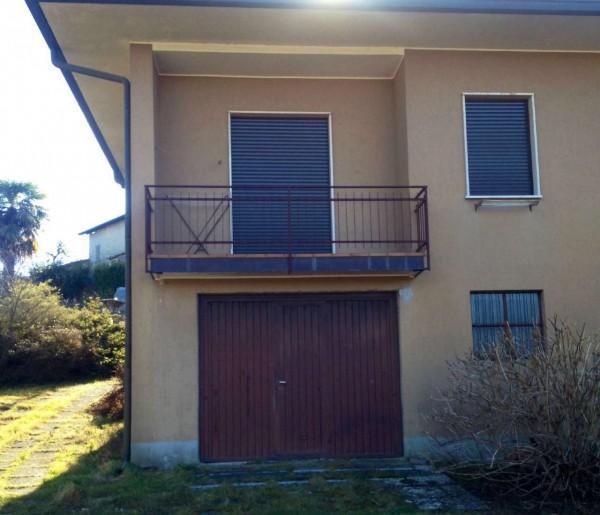 Villa in vendita a Leggiuno, Con giardino, 220 mq - Foto 2