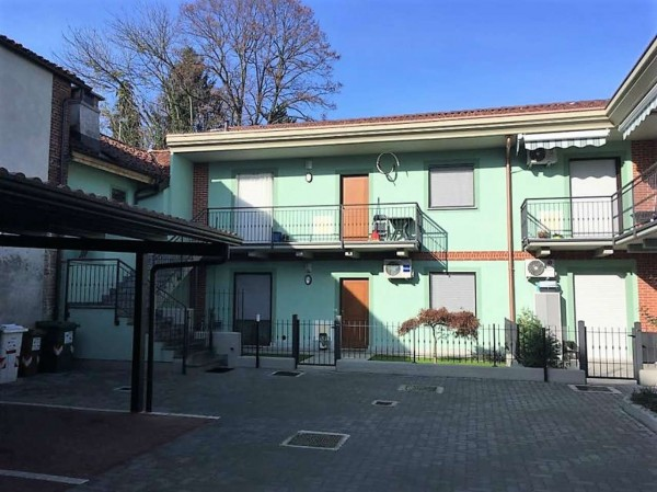 Appartamento in vendita a Candiolo, Centrale, Con giardino, 82 mq