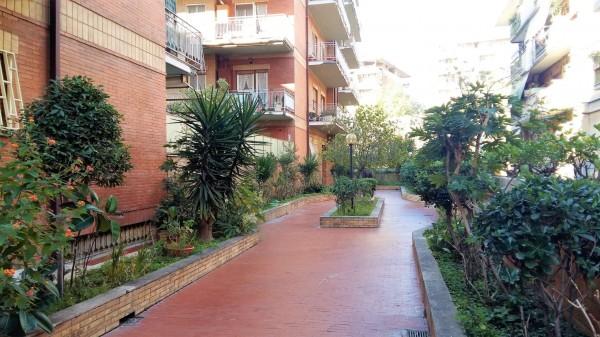 Appartamento in vendita a Roma, Magliana, 80 mq - Foto 2