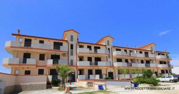 Appartamento in vendita a Monteiasi, Residenziale, Con giardino, 73 mq