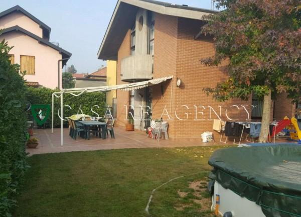 Villa in vendita a Malnate, Con giardino, 279 mq - Foto 1
