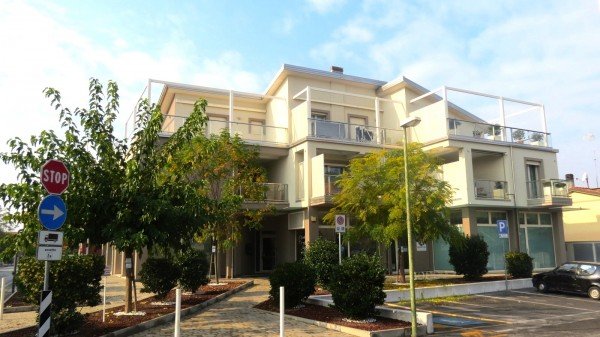 Appartamento in vendita a Cesenatico, Villamarina, 108 mq - Foto 1
