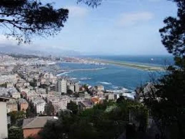 Appartamento in vendita a Genova, Pegli, 90 mq
