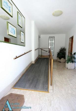 Appartamento in vendita a Taranto, Residenziale, Con giardino, 137 mq - Foto 4