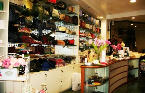 Locale Commerciale  in vendita a Roma, Colli Albani, Arredato, 200 mq - Foto 8