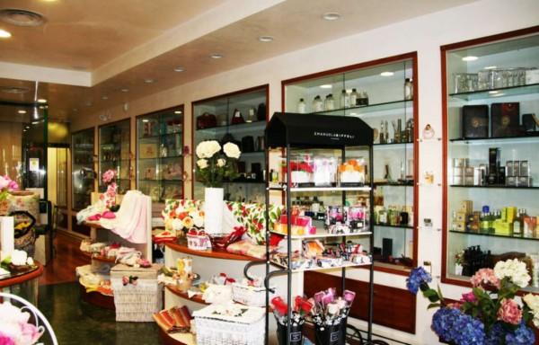 Locale Commerciale  in vendita a Roma, Colli Albani, Arredato, 200 mq - Foto 7
