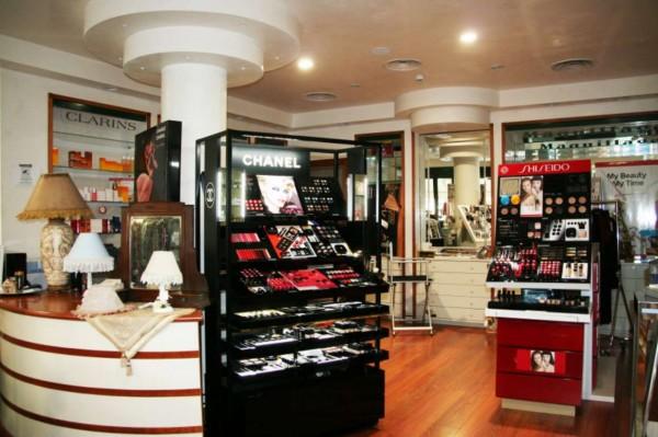 Locale Commerciale  in vendita a Roma, Colli Albani, Arredato, 200 mq - Foto 3