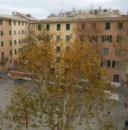 Immobile in vendita a Genova, Pra Centrale, 26 mq