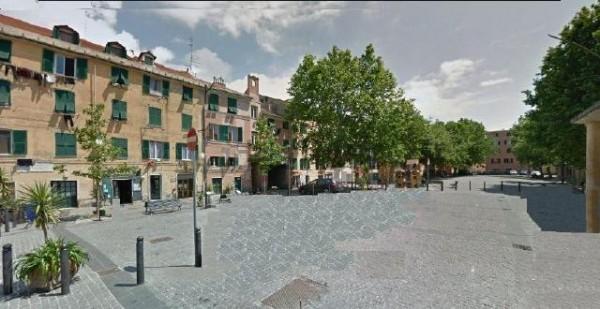 Locale Commerciale  in vendita a Genova, Pra, 26 mq